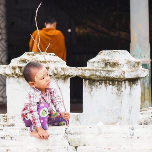 Bambino birmano, Myanmar