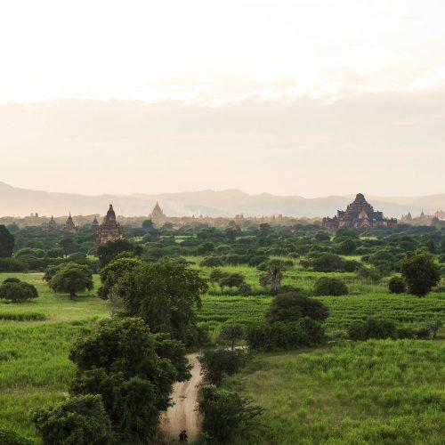 Alba a Bagan, Myanmar