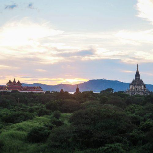Tramonto a Bagan, Ananda Pahto, Myanmar