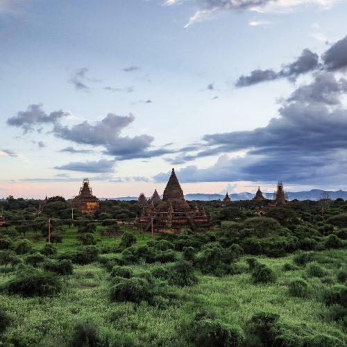 Templi al tramonto a Bagan, Myanmar